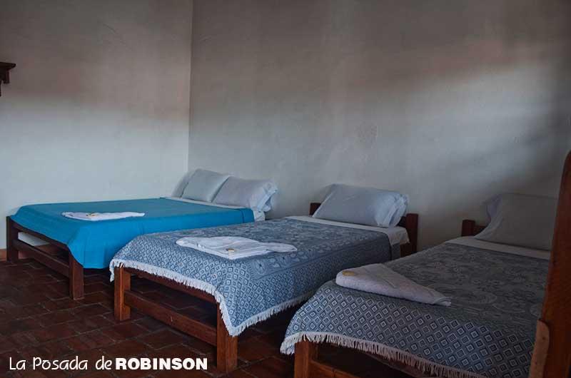 habitacion1pareja2adicionaleslaposadaderobinson1.jpg
