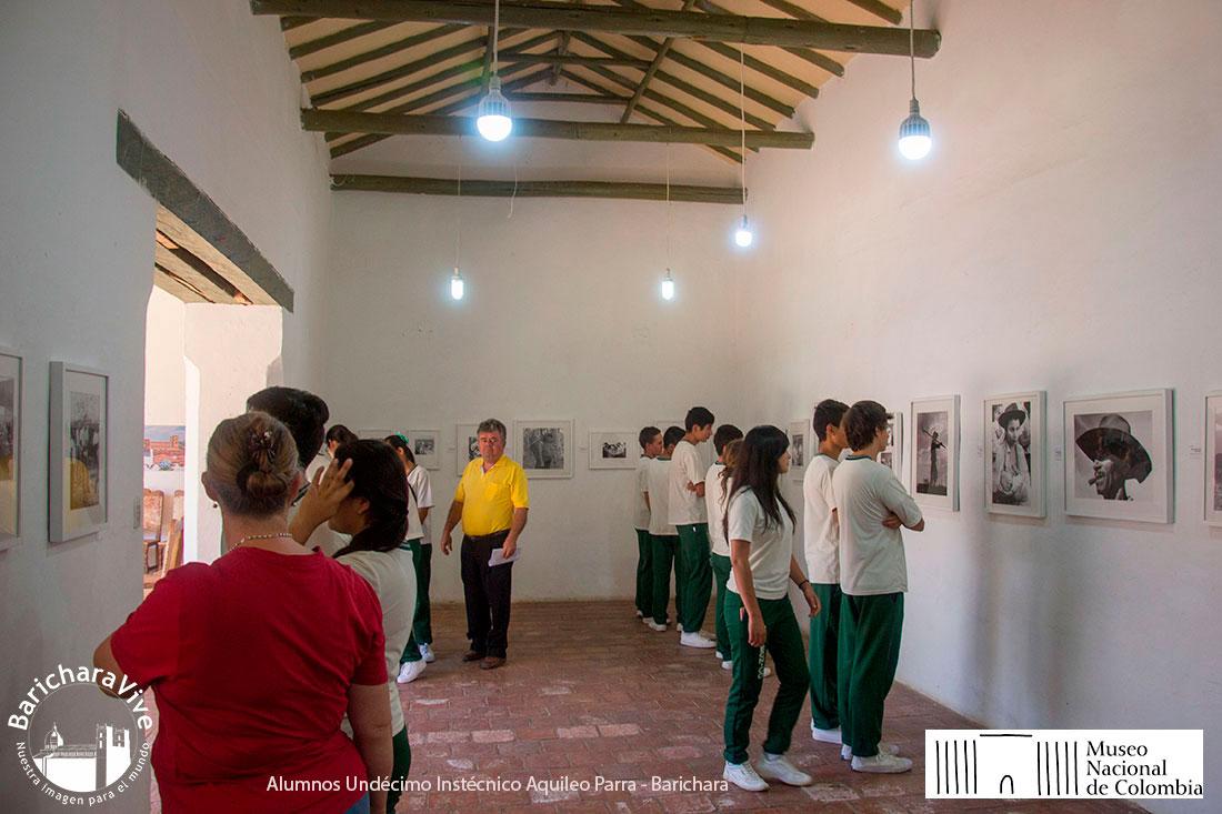6-exposicion-campo-revelado-casa-de-la-cultura-baricharavive